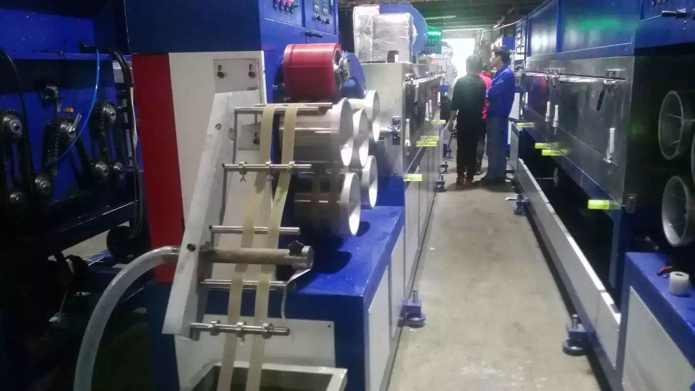 PP打包带生产线